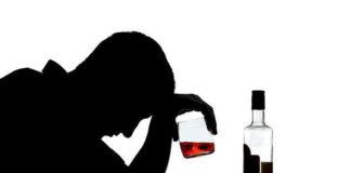 Dlaczego tak trudno zdecydować się na leczenie alkoholizmu